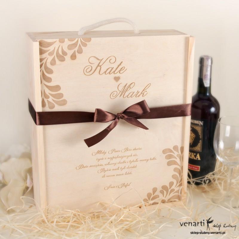 Skrzynka na wino + 2 kieliszki DWD006
