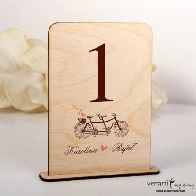 Ślubne drewniane numerki na stół Tandem retro