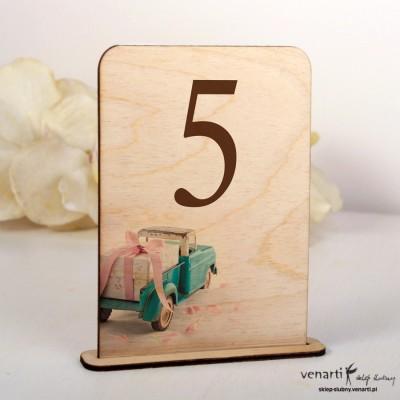 Ślubne drewniane numerki na stół NSD012
