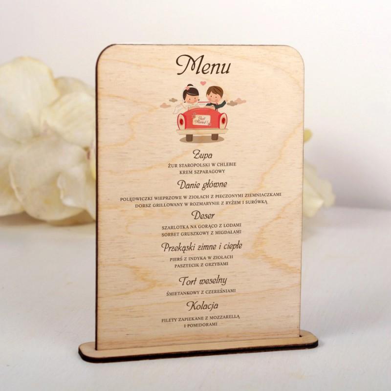 Drewniane menu weselne Para w samochodzie