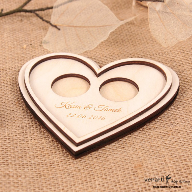 Drewniany talerzyk na obrączki Serce TAL007