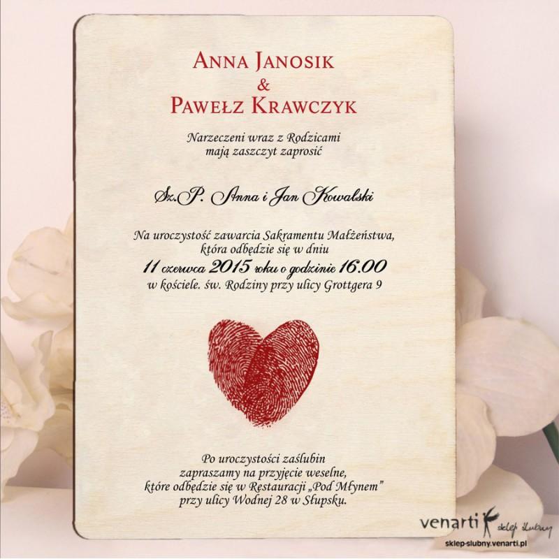 Drewniane zaproszenia ślubne serce z odcisków