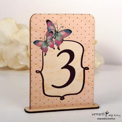 Motyle Ślubne drewniane numerki na stół