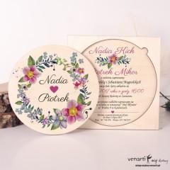 Kwiaty w wianku, drewniane zaproszenia ślubne