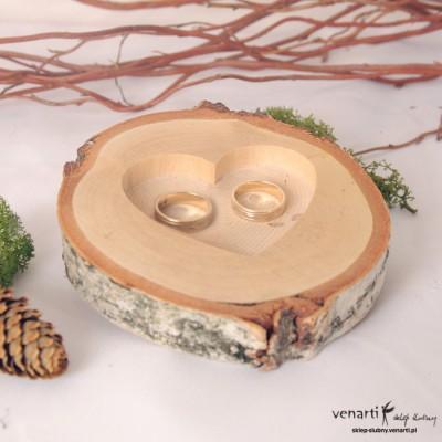 Plasterek drewna na obrączki Wycinane serce