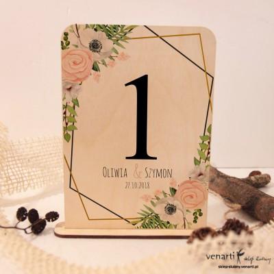 Białe anemone, zawilec Ślubne drewniane numerki na stół