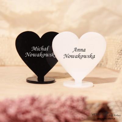 Białe i Czarne Serca Winietki ślubne z pleksi