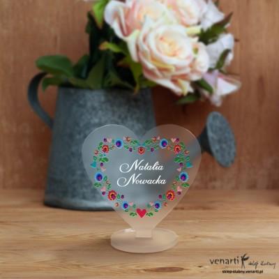 Kwiaty folk Winietki ślubne satynowe pleksi w kształcie serca