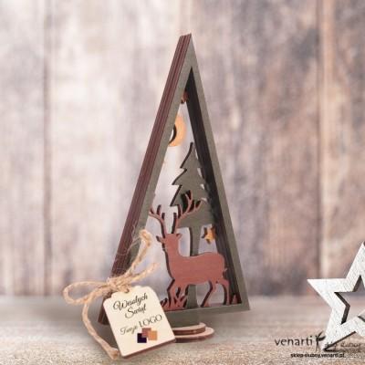 Drewniana choinka świąteczna z reniferem